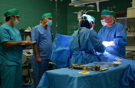 دستگاه ساکشن اتاق عمل